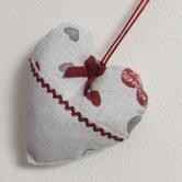 srdiečko MAŠA - závesná textilná dekorácia