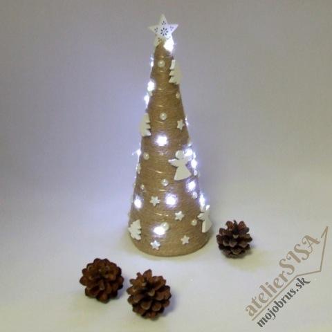 Vianočná dekorácia - stromček ANDROMEDA - stojaca svetelná dekorácia